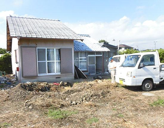袋井市山崎 木造家屋解体工事解体中
